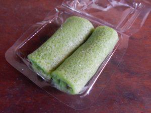 Gerollte indonesische Pfannkuchen Dadar Gulung
