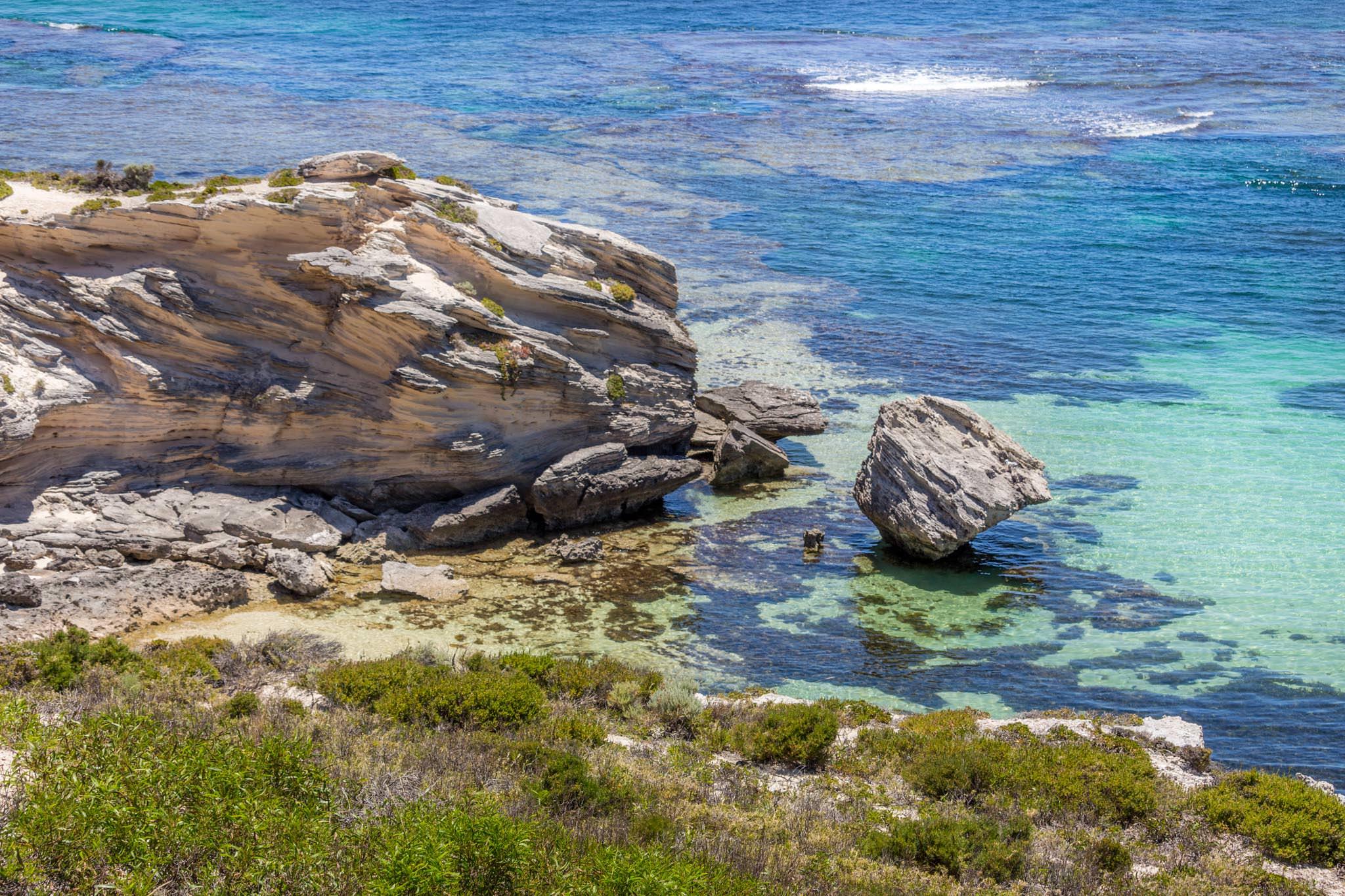 Klippen, Meer und Korallen auf Rottnest Island