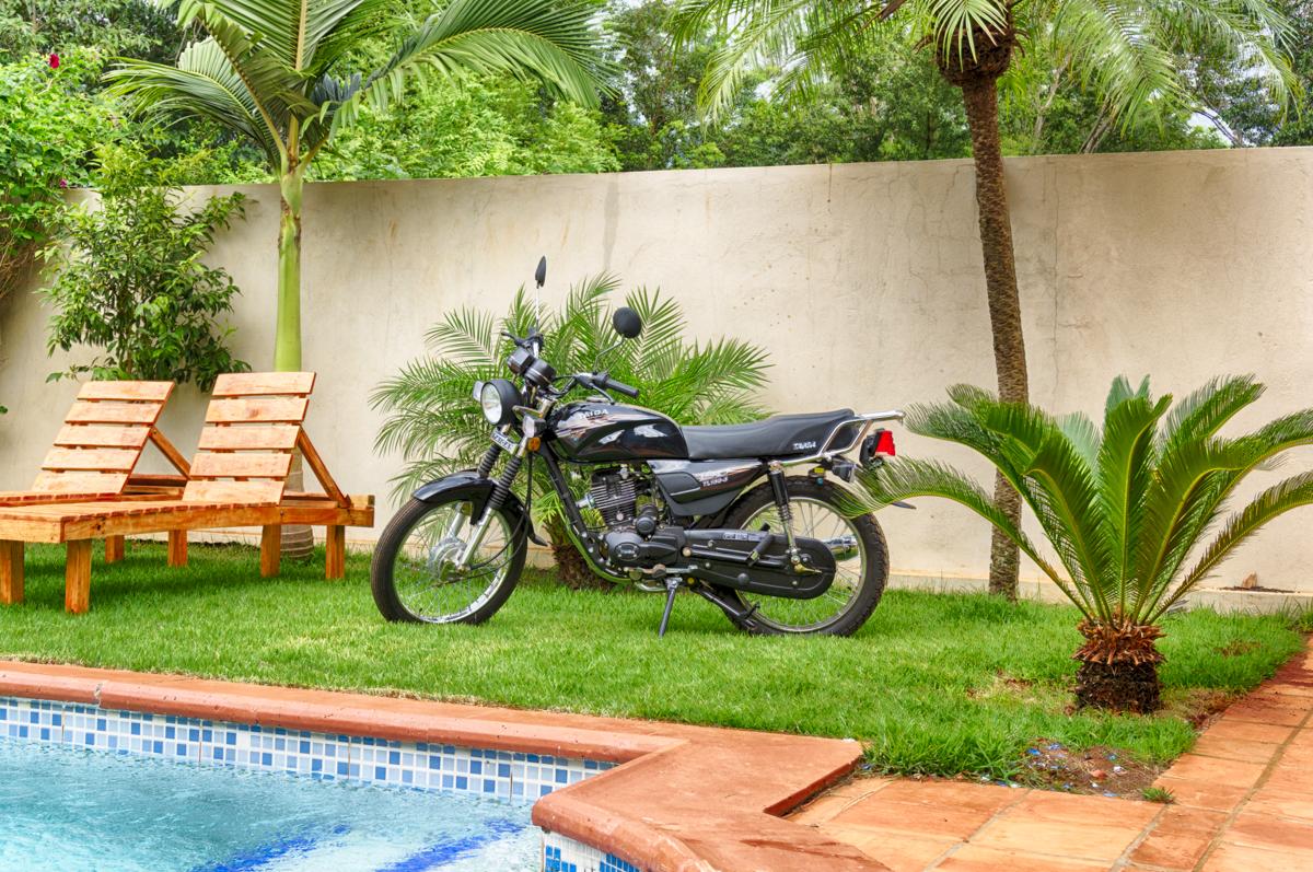Taiga Motorrad in Paraguay