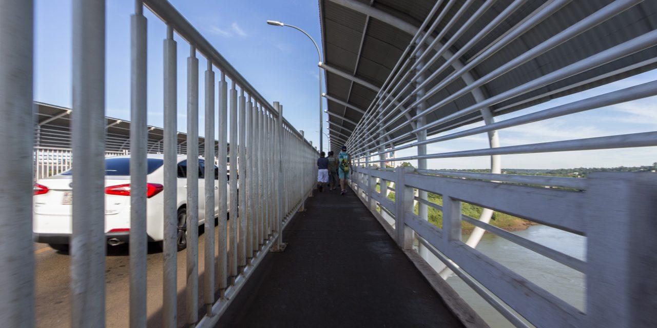 Wie kommt man von Foz do Iguaçu nach Ciudad del Este und vice versa